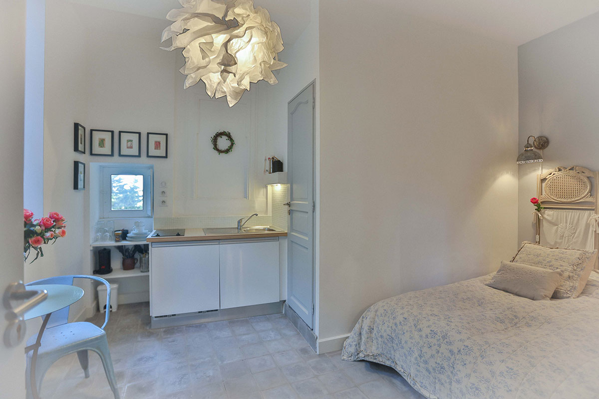 Studio in Gordes for rent