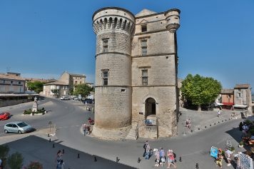 View from the salon at enjoy the experience in Gordes